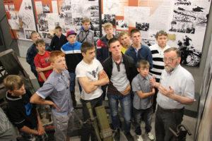 Школьники Озерного в музее, посвященном Ржевской битве.