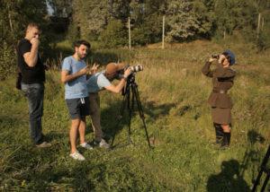 Съемки сцены, в которой главная героиня И. Ракобольская (А. Столярова) встречает боевых подруг с задания.