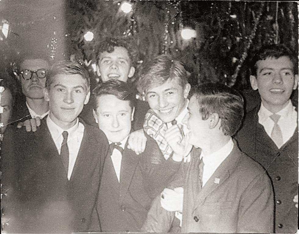 Новогодний вечер для старшеклассников,  1965 год. Е.А. Гурьянов.