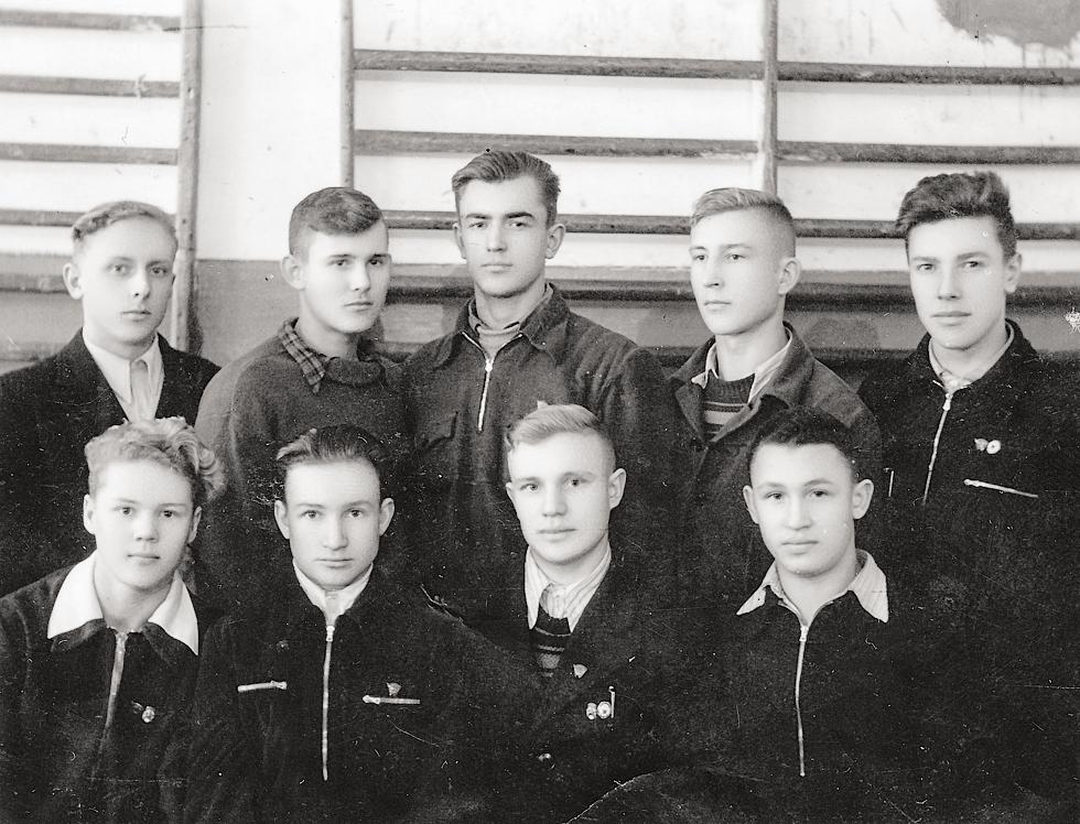 1955 год. Фото предоставил Виктор Иванов.