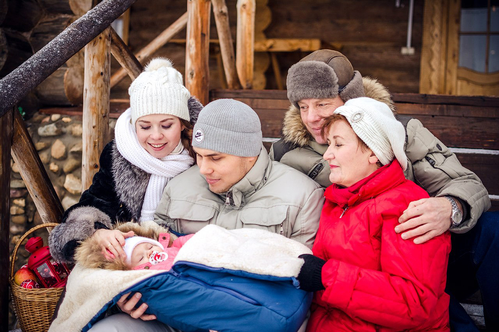 """№12 Юлия Шурупова. """"Тихо сопит наше молодое поколение"""". Номинация """"Яблочко от яблоньки..."""""""