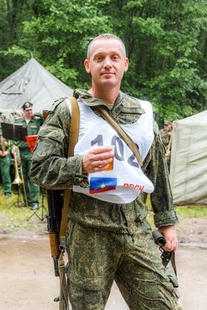 Гвардии майор Юрий Николаевич Чумак.