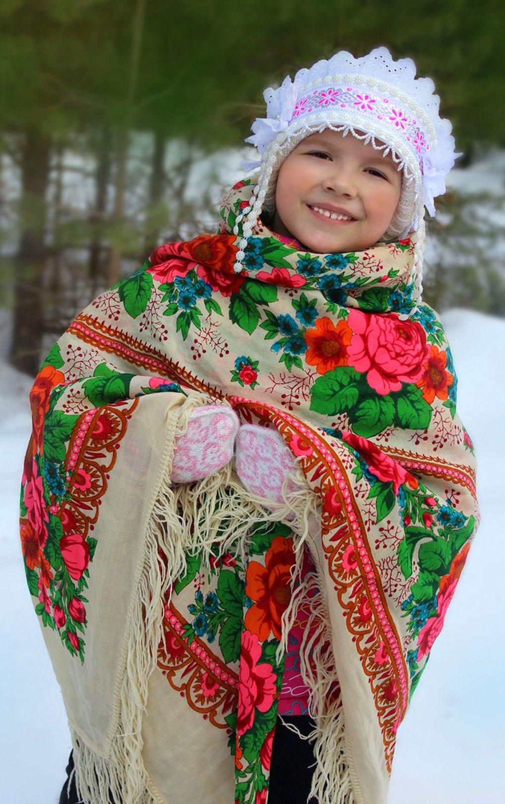 №2 Русская красавица, как же хороша! Счастьем улыбается у тебя душа.  Автор: Екатерина Крылова