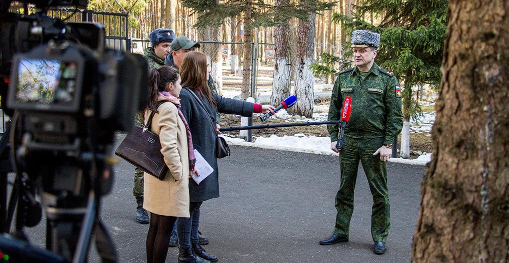 Интервью с заместителем командующего Ракетными войсками стратегического назначения гвардии генерал-лейтенантом Фазлетдиновым Игорем Робертовичем.