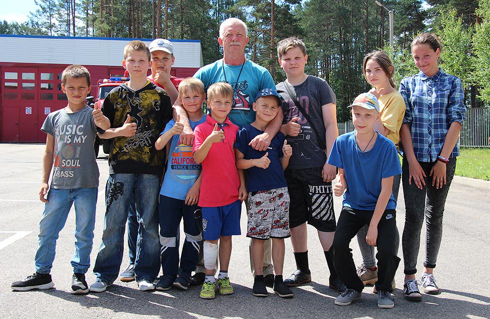 Первая смена летних пришкольных лагерей - позади