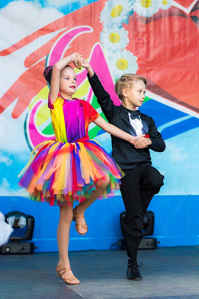 """Юные воспитанники студии бального танца """"Реверанс"""""""