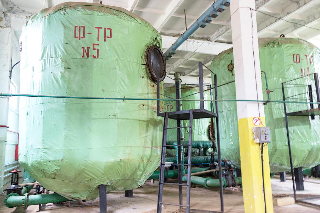 Станция обезжелезивания воды позволила существенно облегчить работу сотрудников ВКХ и улучшить качество воды в Озерном.