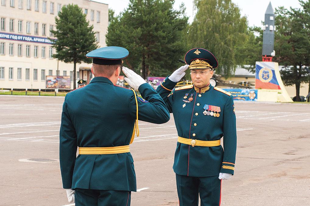 Командир 7 РД гвардии генерал-майор Рябченко М.В.