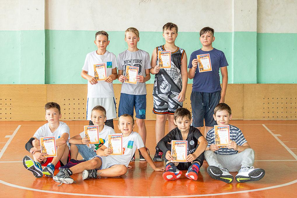 В соревнованиях по стритболу приняли участие 6 команд 2009 года рождения и младше и 5 команд 2008 года рождения и старше. Победителями стали команда Александра Кондрашова (2009 год рождения и младше) и команда Никиты Басунова (2008 год рождения и старше).