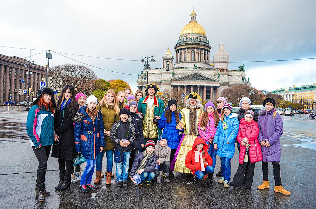 Художники Озерного в Санкт-Петербурге, 2013 год.