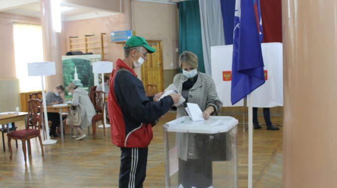 В ЗАТО Озерный проходит предварительное голосование партии «ЕДИНАЯ РОССИЯ».