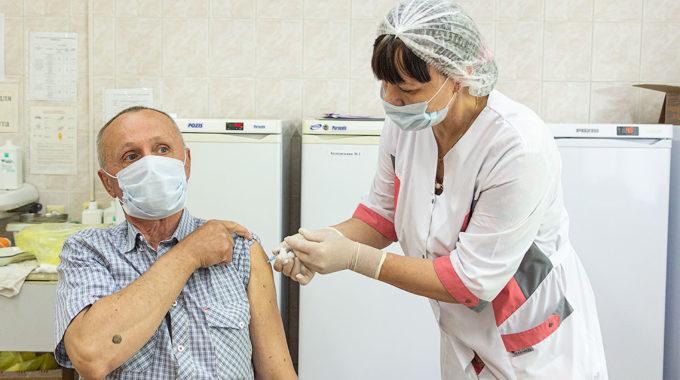 Сделай шаг к коллективному иммунитету — пройди вакцинацию