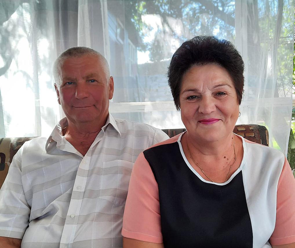 Сергей Павлович и Маргарита Сергеевна Лукины: - Доверять друг другу, быть верными и заботливыми!